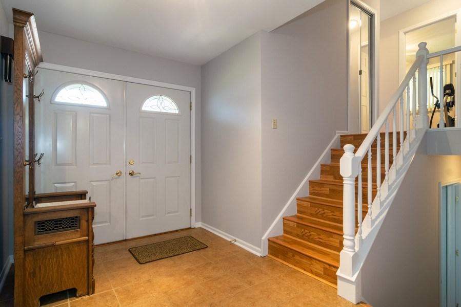 Real Estate Photography - 4105 Victoria Drive, Hoffman Estates, IL, 60192 - Foyer