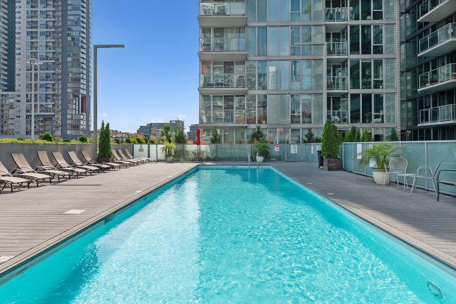 Real Estate Photography - 659 West Randolph St, 1806, Chicago, IL, 60661 - Pool
