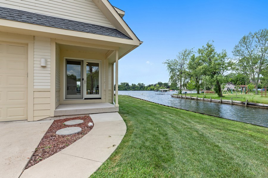Real Estate Photography - 33842 North Lake Shore Dr, Gages Lake, IL, 60030 - Front View