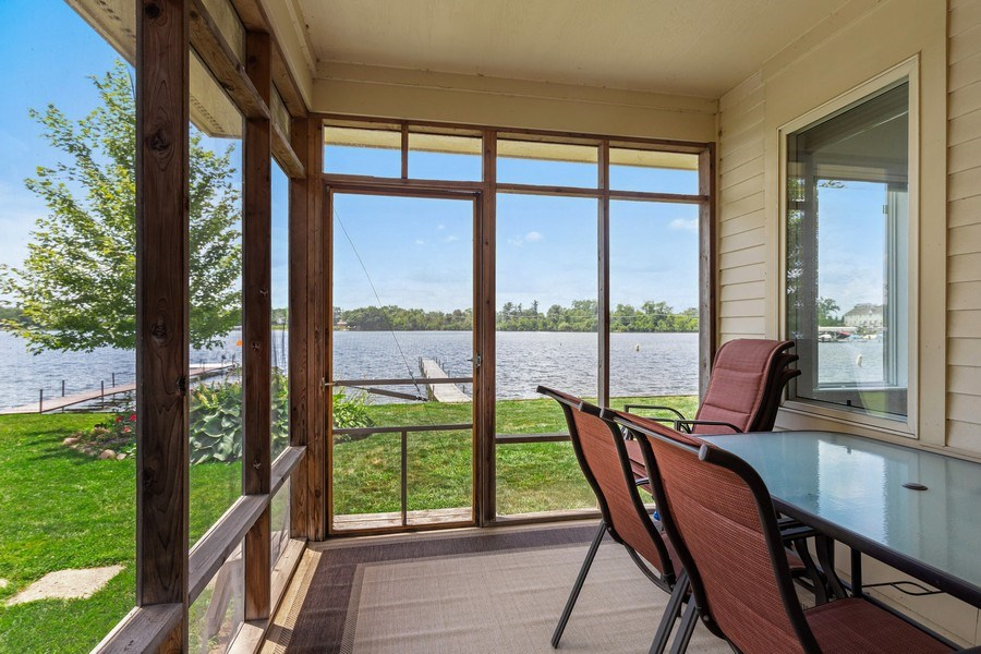 Real Estate Photography - 33842 North Lake Shore Dr, Gages Lake, IL, 60030 - Sun Room