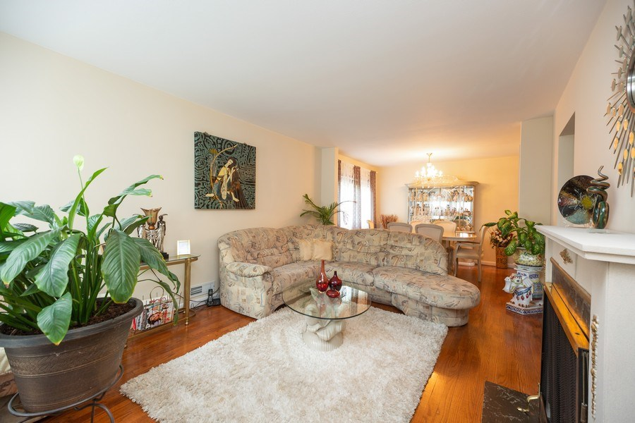 Real Estate Photography - 1326 E. Northwest Highway, Arlington Heights, IL, 60004 - Living Room