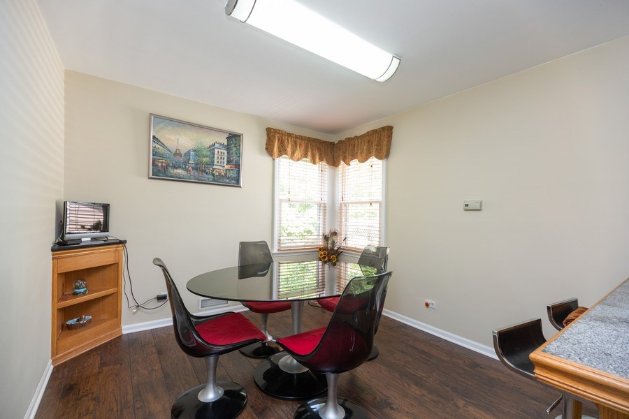 Real Estate Photography - 1326 E. Northwest Highway, Arlington Heights, IL, 60004 - Breakfast Area