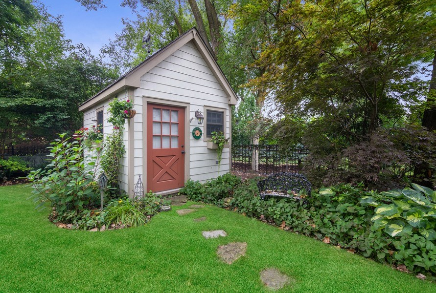 Real Estate Photography - 618 N. Scottsvale Lane, Arlington Heights, IL, 60004 - Potting Shed