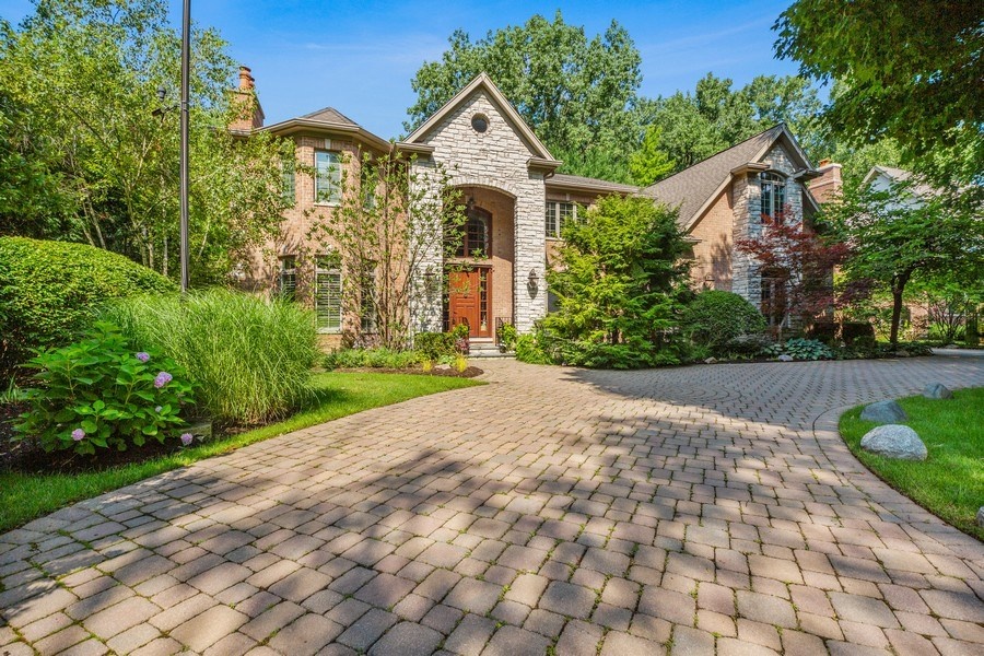 Real Estate Photography - 618 N. Scottsvale Lane, Arlington Heights, IL, 60004 - Front View