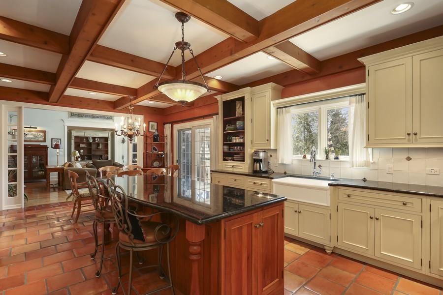 Real Estate Photography - 618 N. Scottsvale Lane, Arlington Heights, IL, 60004 - Kitchen