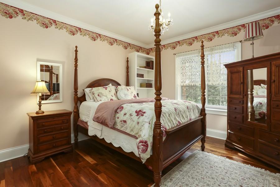 Real Estate Photography - 618 N. Scottsvale Lane, Arlington Heights, IL, 60004 - Bedroom 3