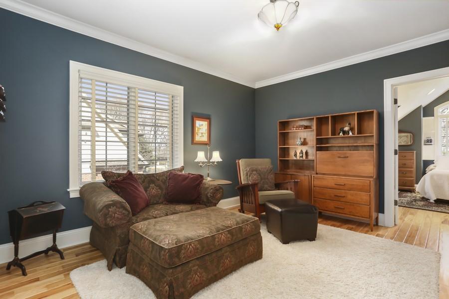Real Estate Photography - 618 N. Scottsvale Lane, Arlington Heights, IL, 60004 - Bedroom 5 Sitting Room