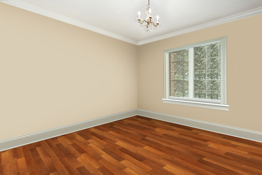 Real Estate Photography - 618 N. Scottsvale Lane, Arlington Heights, IL, 60004 - Bedroom 2 En Suite Bath