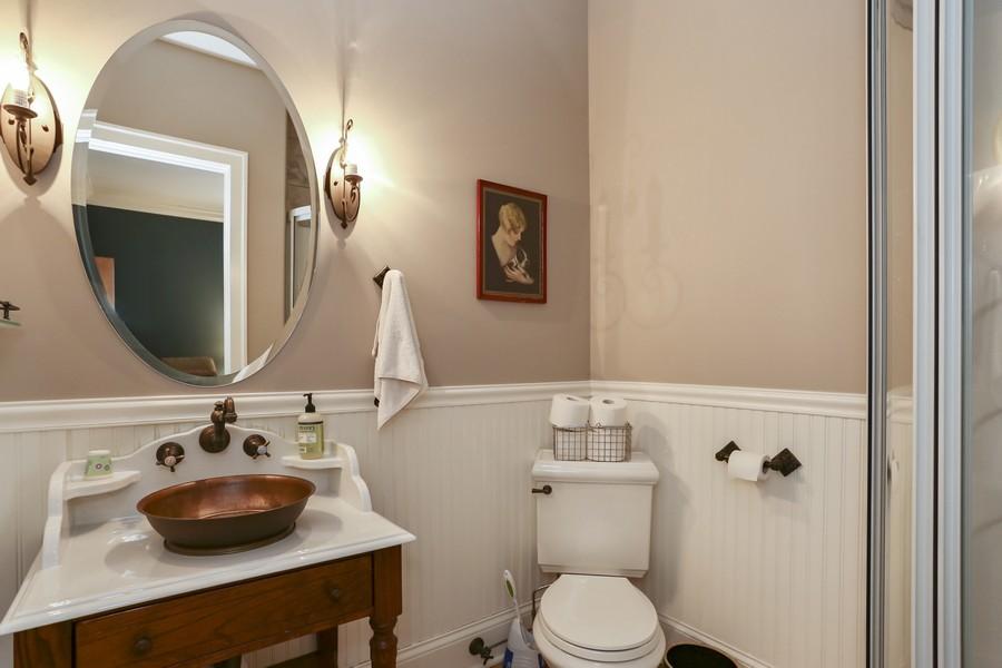 Real Estate Photography - 618 N. Scottsvale Lane, Arlington Heights, IL, 60004 - Bedroom 5 En Suite Bath