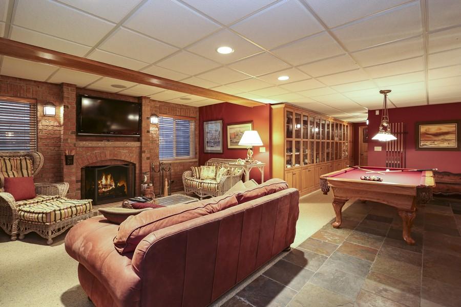 Real Estate Photography - 618 N. Scottsvale Lane, Arlington Heights, IL, 60004 - Recreation Room