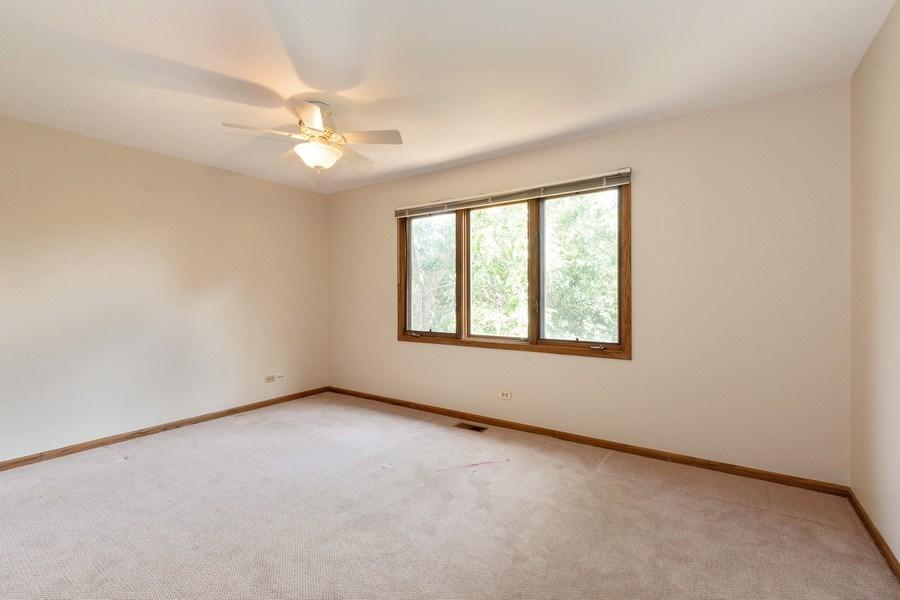 Real Estate Photography - 318 E. Sunnyside Avenue, Libertyville, IL, 60048 - 2nd Bedroom