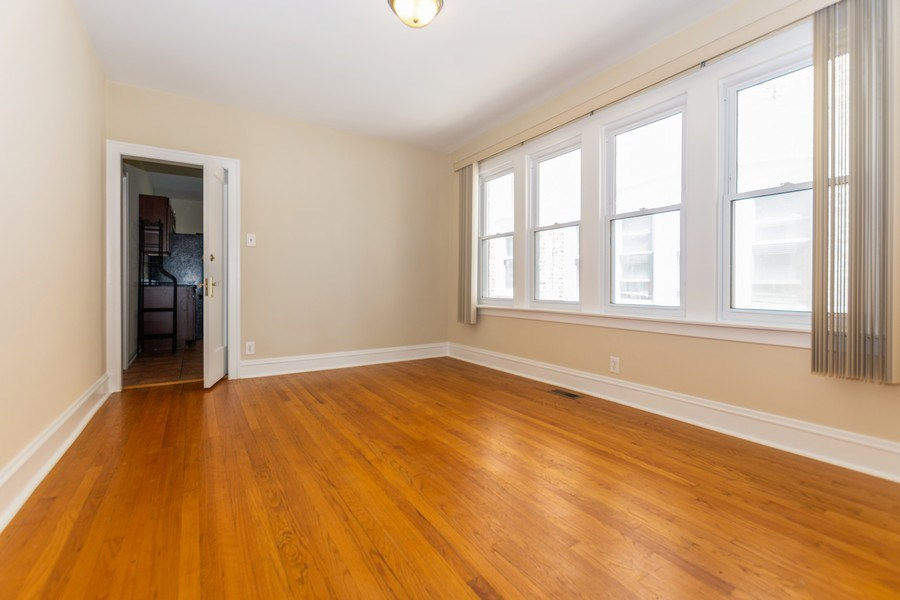Real Estate Photography - 8018 South Calumet Ave, Chicago, IL, 60619 - Dining Room