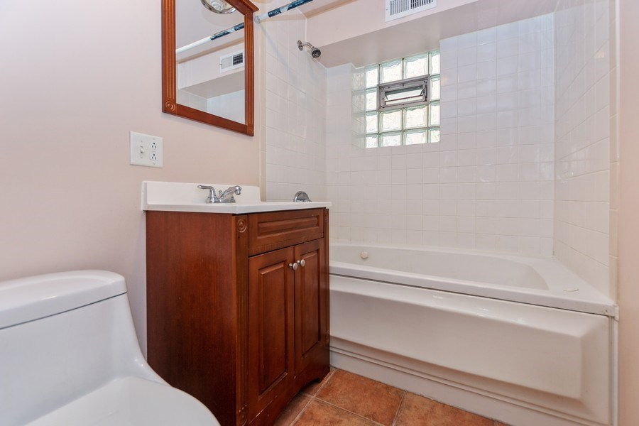 Real Estate Photography - 8018 South Calumet Ave, Chicago, IL, 60619 - Bathroom