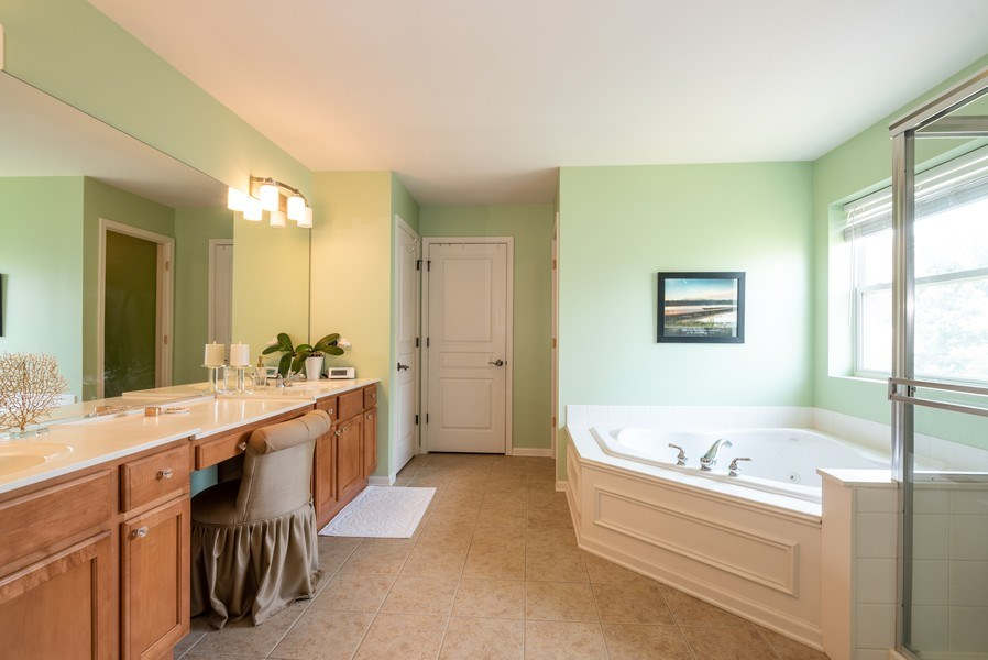 Real Estate Photography - 2662 Connolly Lane, West Dundee, IL, 60118 - Master Bathroom