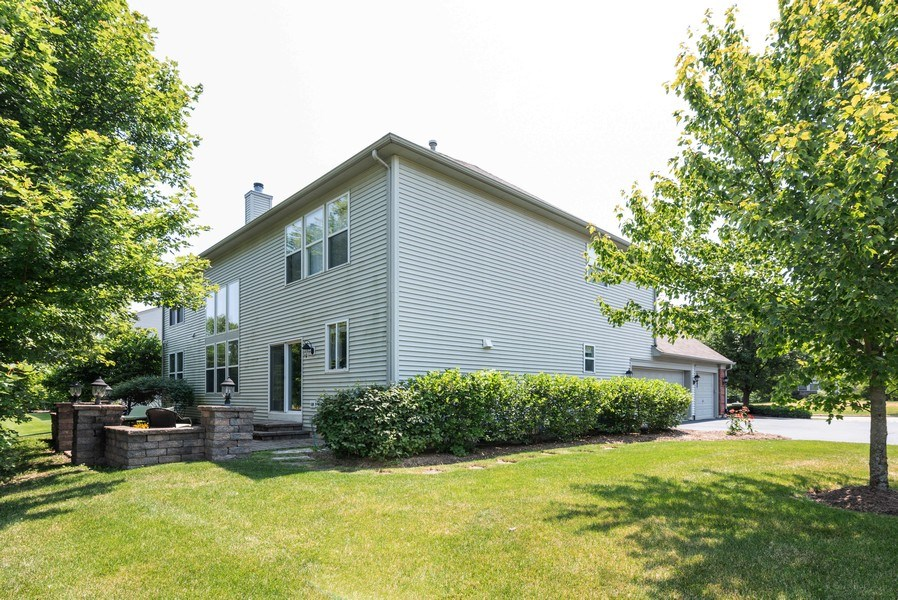 Real Estate Photography - 2662 Connolly Lane, West Dundee, IL, 60118 - Side View