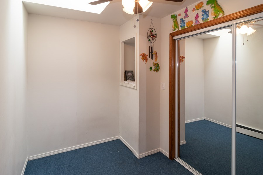 Real Estate Photography - 147 25TH Avenue, Bellwood, IL, 60104 - 3RD UNIT 2ND BEDROOM