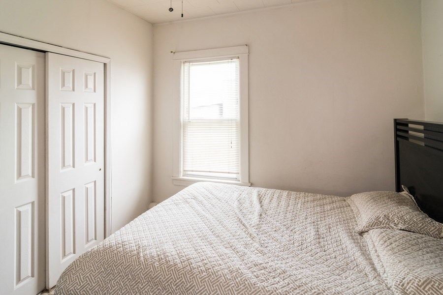 Real Estate Photography - 147 25TH Avenue, Bellwood, IL, 60104 - 1ST UNIT 3RD BEDROOM