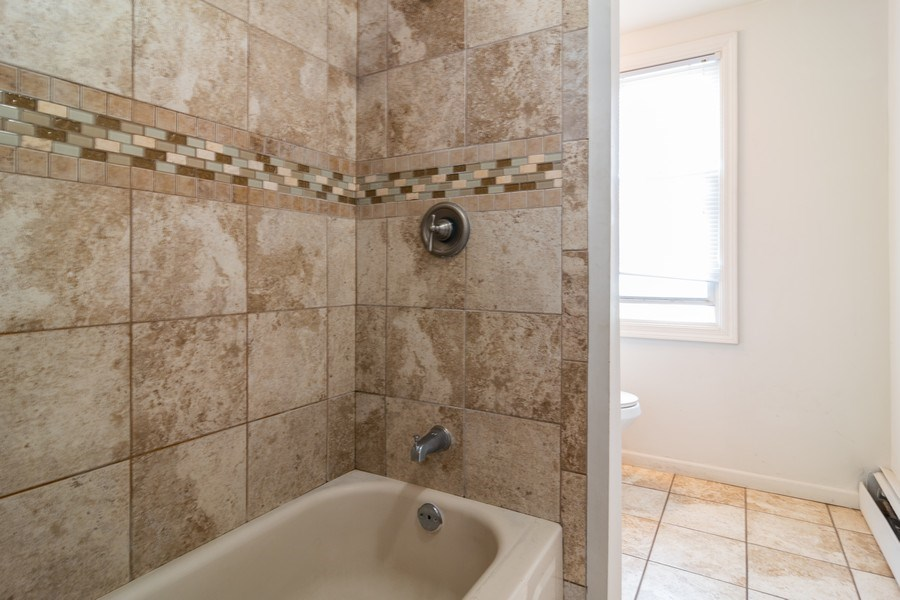 Real Estate Photography - 147 25TH Avenue, Bellwood, IL, 60104 - 2ND UNIT BATHROOM