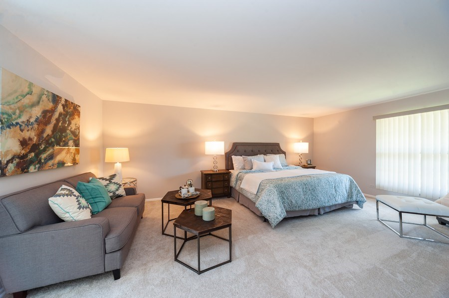 Real Estate Photography - 1051 Cobblestone Ct, Northbrook, IL, 60062 - Master Bedroom