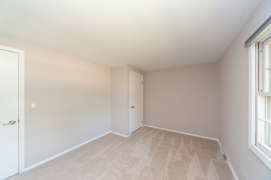 Real Estate Photography - 1051 Cobblestone Ct, Northbrook, IL, 60062 - 4th Bedroom