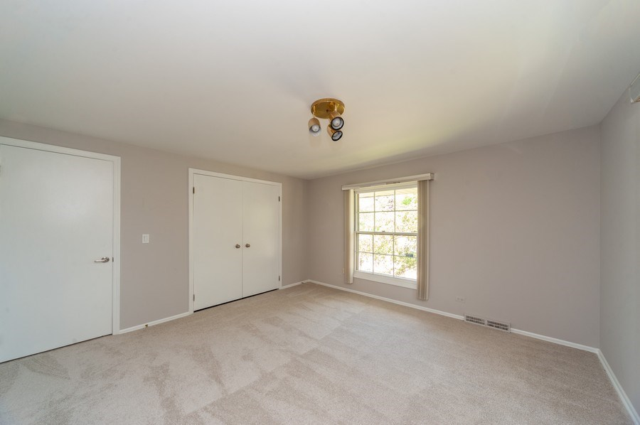 Real Estate Photography - 1051 Cobblestone Ct, Northbrook, IL, 60062 - 3rd Bedroom