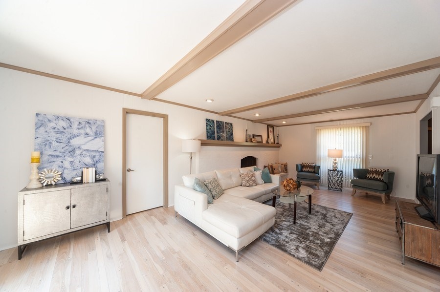 Real Estate Photography - 1051 Cobblestone Ct, Northbrook, IL, 60062 - Family Room