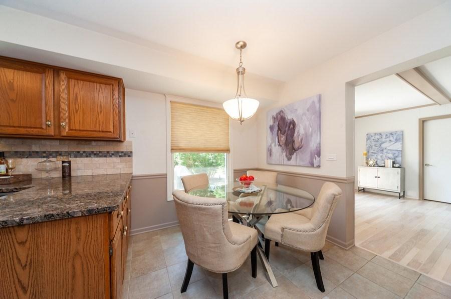Real Estate Photography - 1051 Cobblestone Ct, Northbrook, IL, 60062 - Breakfast Area