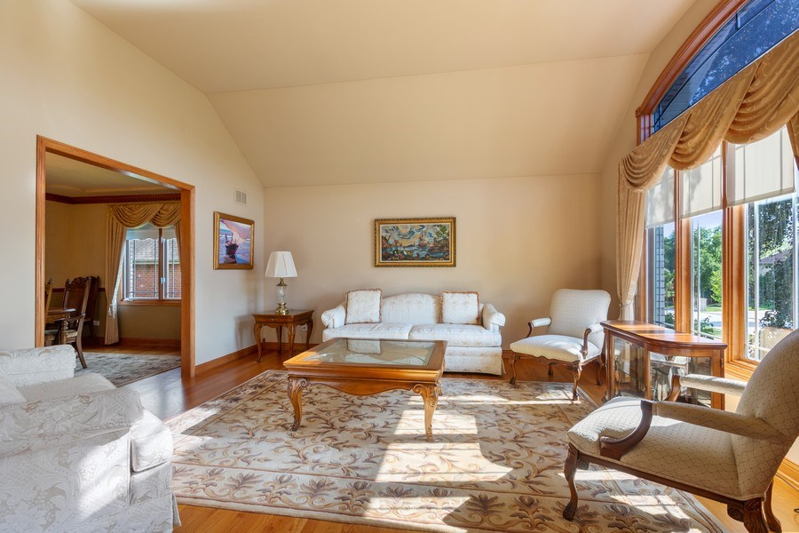 Real Estate Photography - 20231 Brendan St, Frankfort, IL, 60423 - Living Room