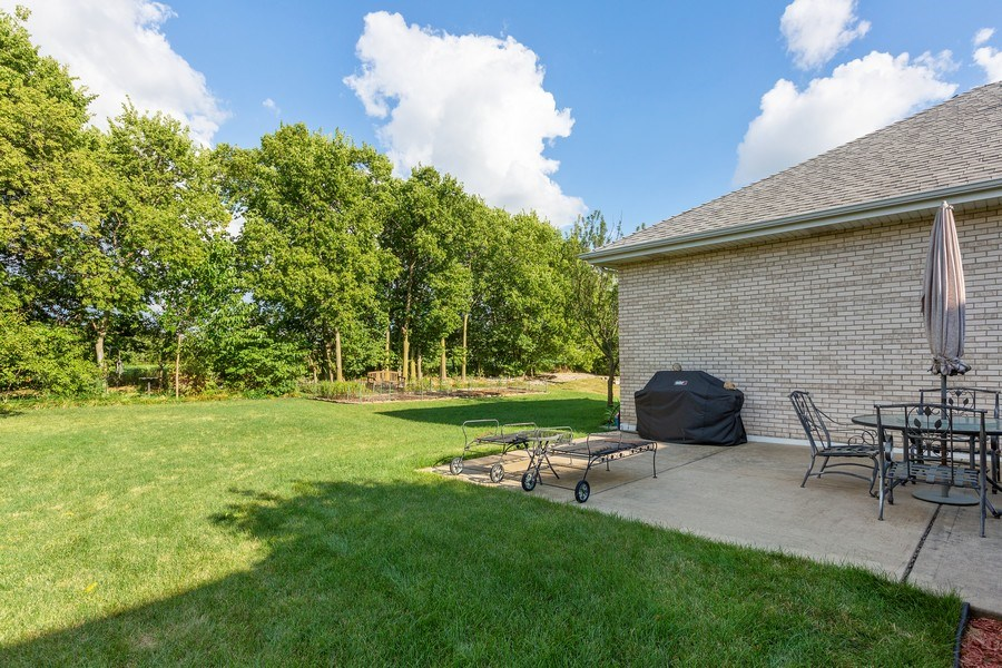 Real Estate Photography - 20231 Brendan St, Frankfort, IL, 60423 - Back Yard