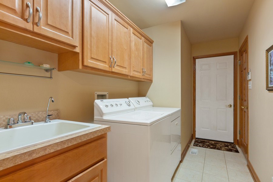 Real Estate Photography - 20231 Brendan St, Frankfort, IL, 60423 - Laundry Room