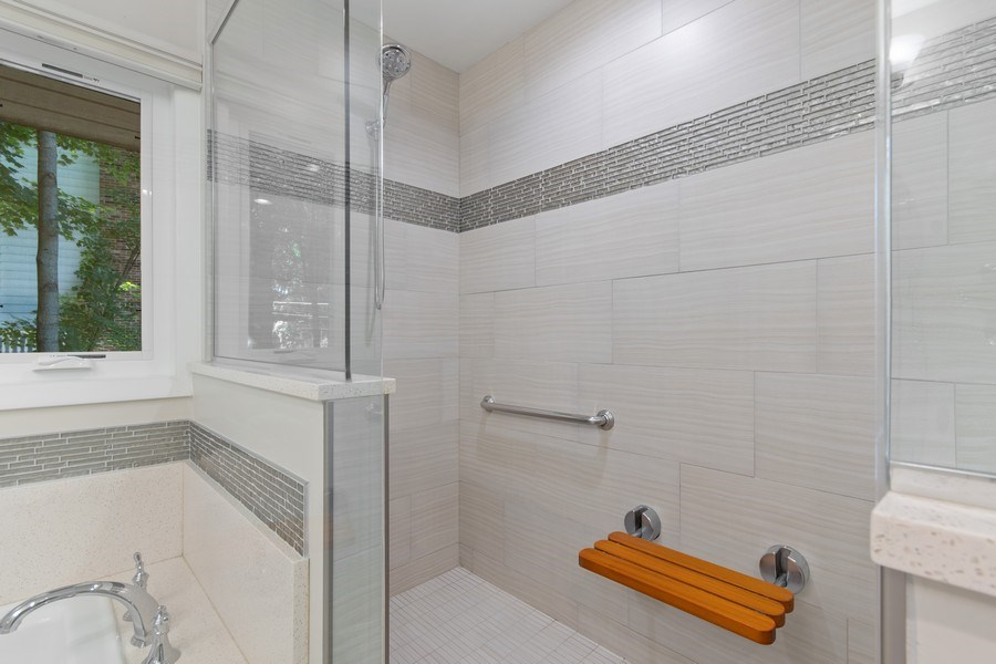 Real Estate Photography - 941 Anne Road, Naperville, IL, 60540 - Jet tub and owner friendly luxury shower