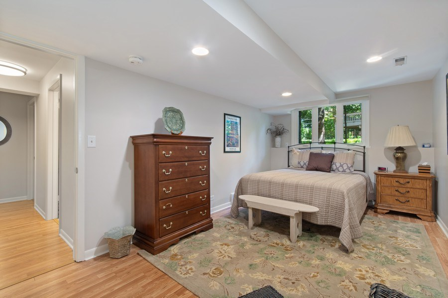 Real Estate Photography - 941 Anne Road, Naperville, IL, 60540 - Br 3- a wonderful guest suite also!