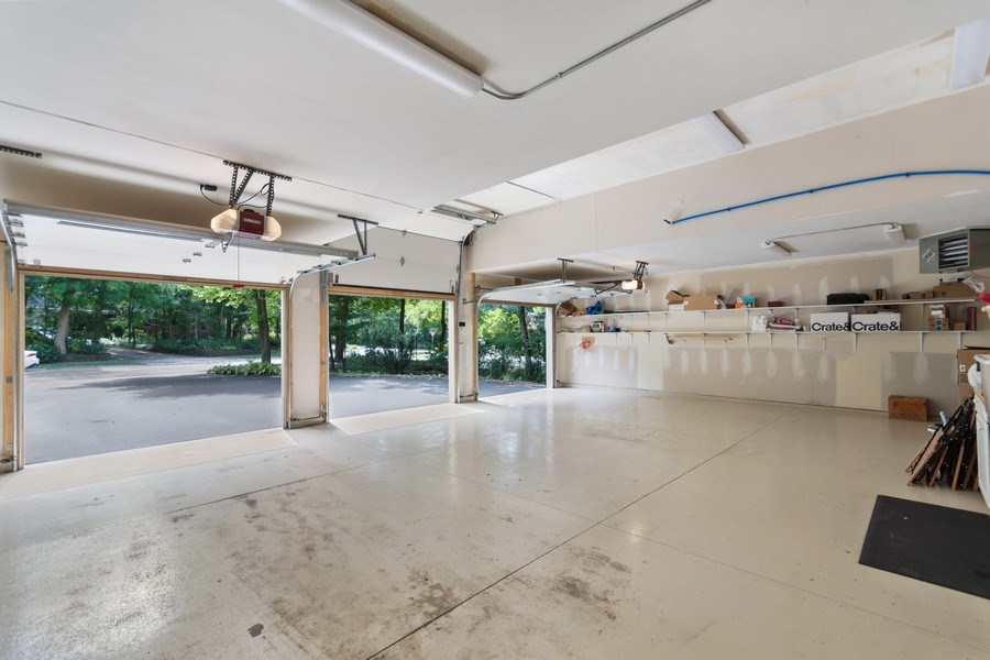 Real Estate Photography - 941 Anne Road, Naperville, IL, 60540 - Garage