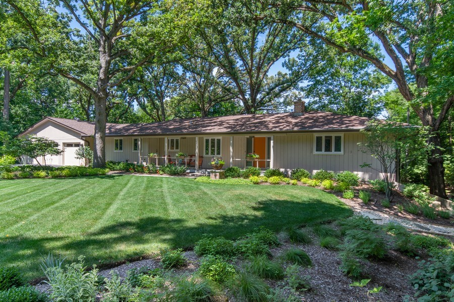 Real Estate Photography - 941 Anne Road, Naperville, IL, 60540 - Front View