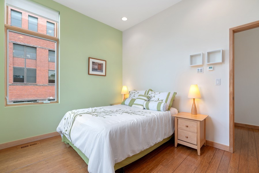 Real Estate Photography - 650 East Oakwood Blvd, Chicago, IL, 60653 - 2nd Bedroom