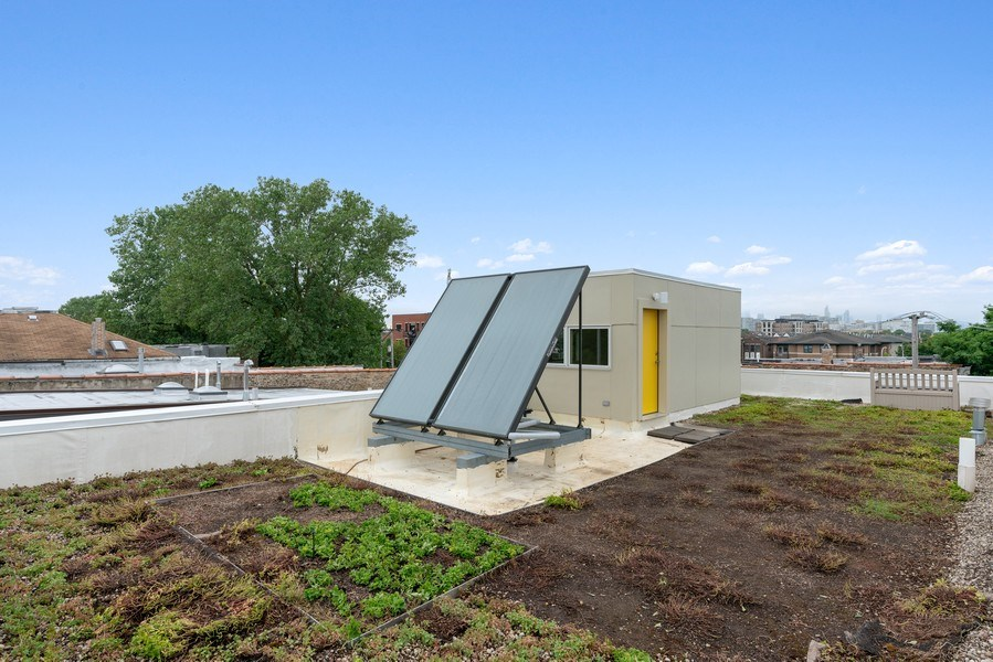 Real Estate Photography - 650 East Oakwood Blvd, Chicago, IL, 60653 - Roof Top