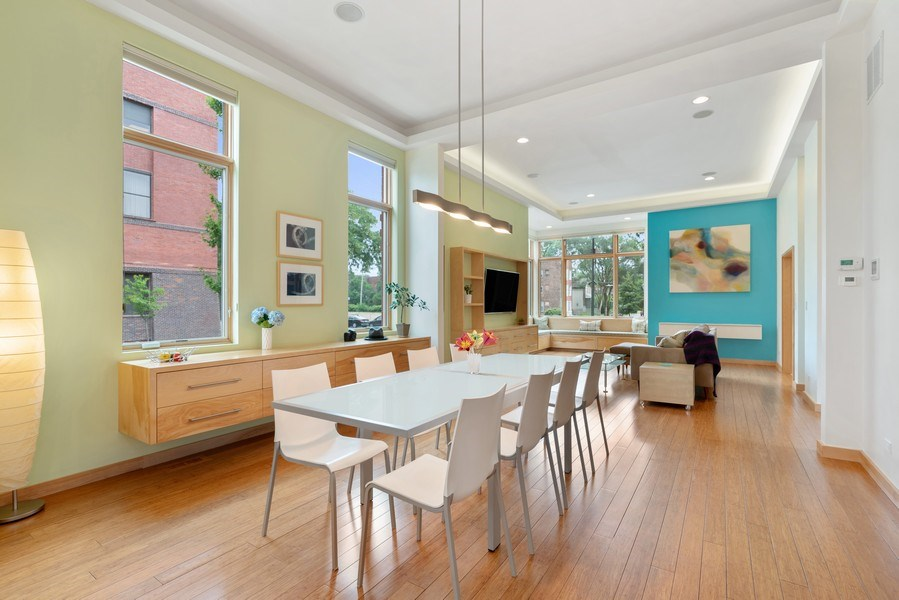 Real Estate Photography - 650 East Oakwood Blvd, Chicago, IL, 60653 - Dining Room