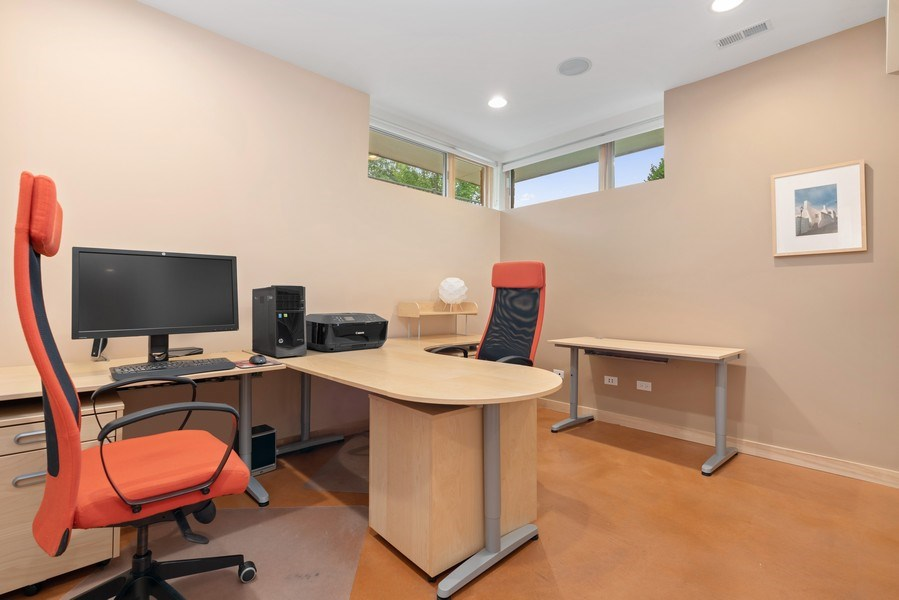 Real Estate Photography - 650 East Oakwood Blvd, Chicago, IL, 60653 - Office/5th Bedroom