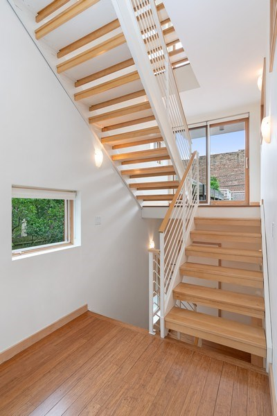 Real Estate Photography - 650 East Oakwood Blvd, Chicago, IL, 60653 - Staircase