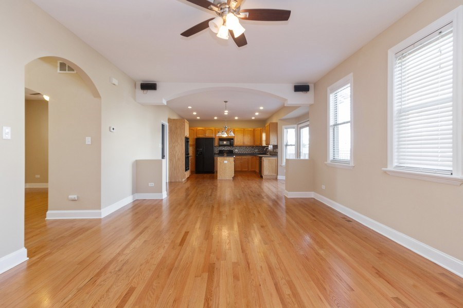 Real Estate Photography - 25734 South Truman St, Monee, IL, 60449 - Family Room | Breakfast Area | Kitchen