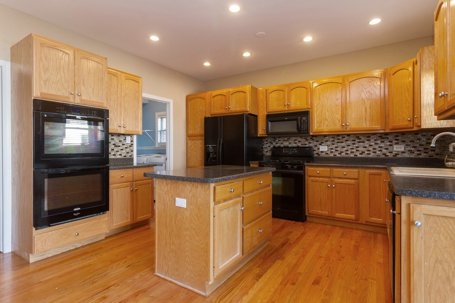Real Estate Photography - 25734 South Truman St, Monee, IL, 60449 - Kitchen