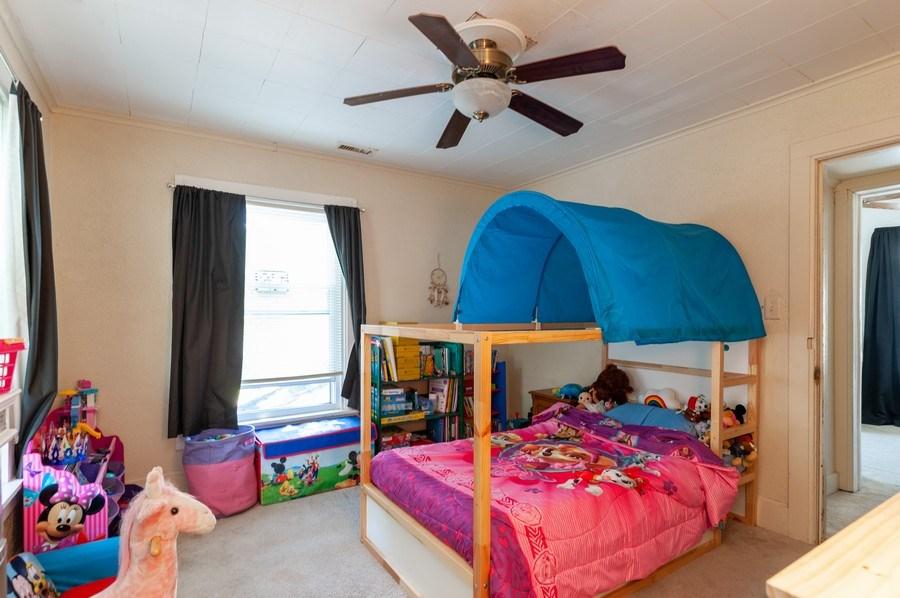 Real Estate Photography - 16 Arlington Road, Fox Lake, IL, 60020 - Kids Bedroom