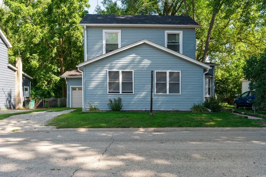 Real Estate Photography - 16 Arlington Road, Fox Lake, IL, 60020 - Front View