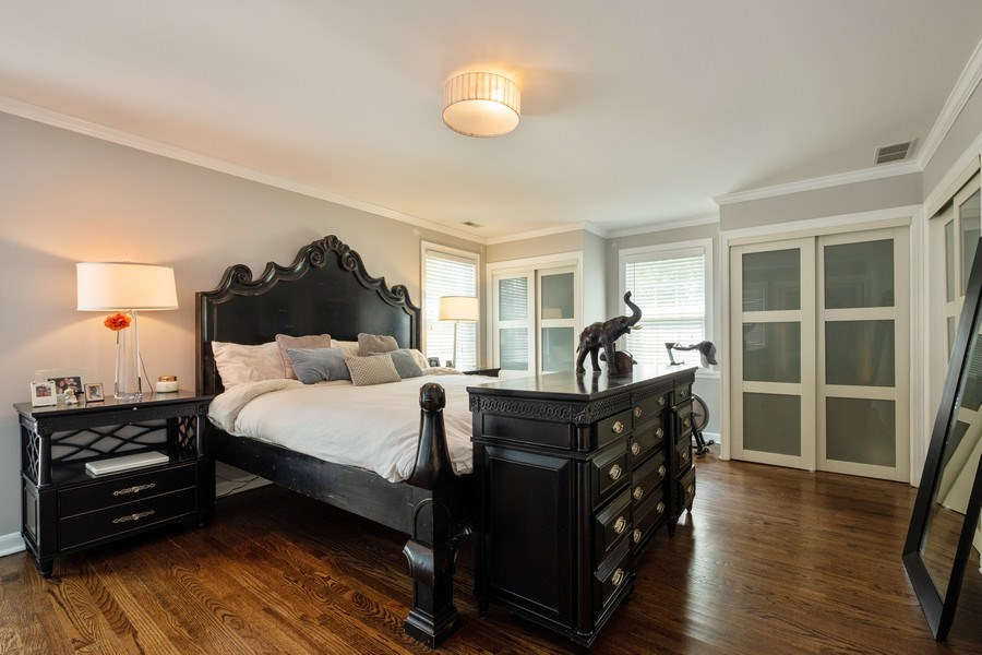 Real Estate Photography - 2600 Sheridan Road, Highland Park, IL, 60035 - Master Bedroom