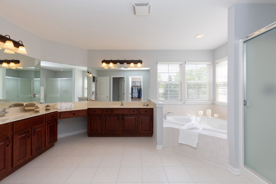 Real Estate Photography - 2689 Spruce Drive, West Dundee, IL, 60118 - Master Bathroom