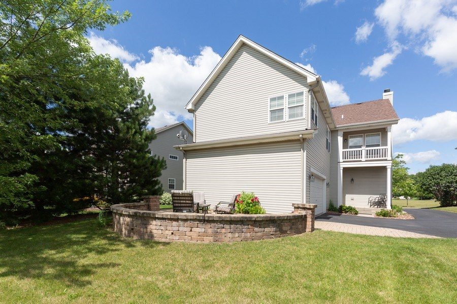 Real Estate Photography - 2689 Spruce Drive, West Dundee, IL, 60118 - Rear View