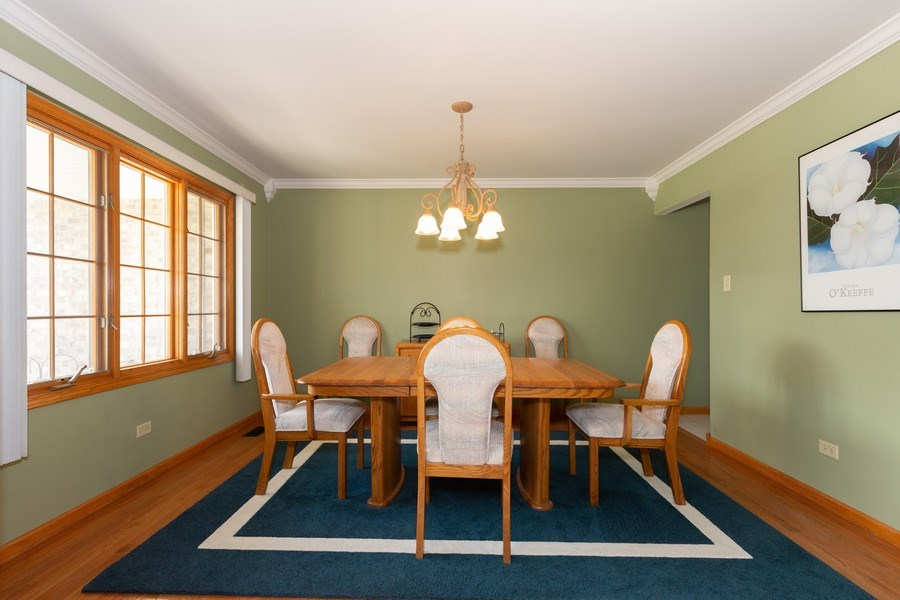 Real Estate Photography - 8712 176th Street, Tinley Park, IL, 60487 - Dining Room