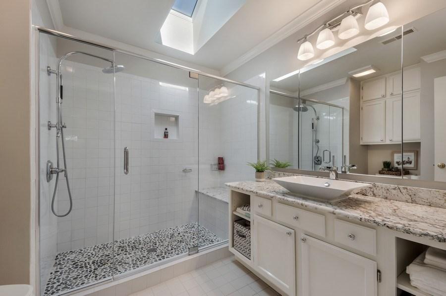 Real Estate Photography - 669 Golf Lane, Unit 669, Lake Barrington, IL, 60010 - Master Bathroom