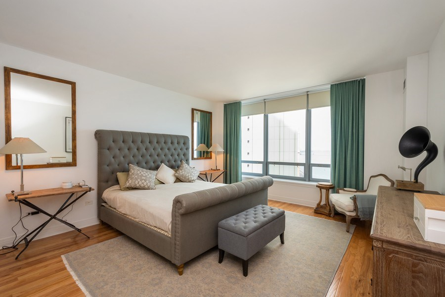 Real Estate Photography - 600 North Lake Shore Dr, 1605, Chicago, IL, 60611 - Master Bedroom