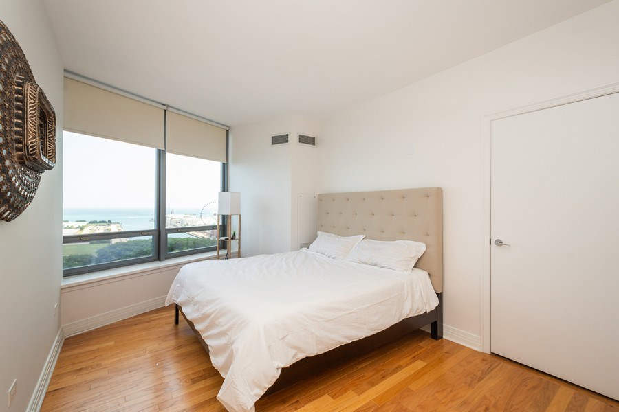 Real Estate Photography - 600 North Lake Shore Dr, 1605, Chicago, IL, 60611 - Bedroom